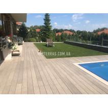Терраса у дома и бассейна из Bruggan Multicolor