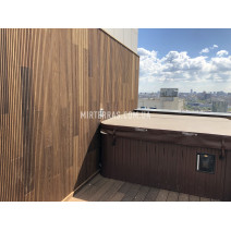 Терраса и фасад на балконе из термоясеня Thermory